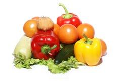 Verse smakelijke groenten die op wit worden geïsoleerde Royalty-vrije Stock Afbeelding