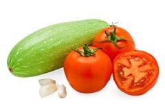Verse smakelijke groenten die op wit worden geïsoleerdt Royalty-vrije Stock Afbeeldingen