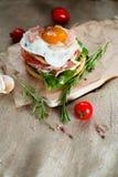 Verse smakelijke hamburger Stock Fotografie