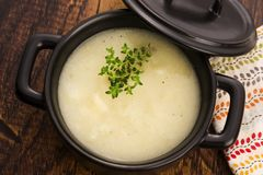 Verse soep van witte asperge royalty-vrije stock foto