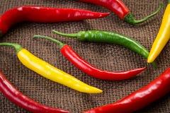 Verse Spaanse peperpeper - gele, groene en rode Spaanse peperpeper Stock Afbeelding