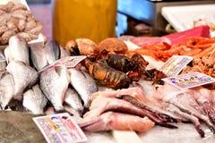 Verse vissen bij de markt in Italië Stock Afbeelding