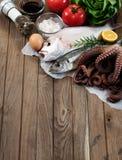 Verse vissen en groenten Royalty-vrije Stock Afbeelding