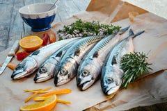 Verse vissen op lijst Royalty-vrije Stock Fotografie