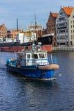 Versenden Sie den Hafen-Meister, der in Gdansk fließt Stockbild