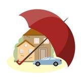 Versicherungs-Konzept mit Auto, Haus und Regenschirm Lizenzfreies Stockbild