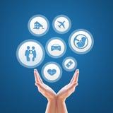 Versicherungsdesign über Blau Stockbild