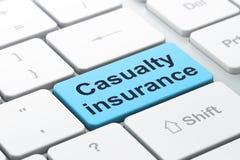 Versicherungskonzept: Unfallversicherung auf Computertastaturhintergrund Lizenzfreie Stockbilder