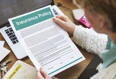Versicherungspolice-Vereinbarung bezeichnet als Dokumenten-Konzept lizenzfreies stockfoto