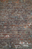 Versleten Doorstane Vuile Rode Bakstenen muurachtergrond Stock Fotografie