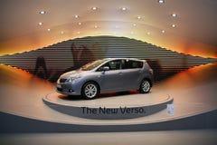 Verso de Toyota - premier na mostra de motor 2009 de Genebra fotos de stock royalty free