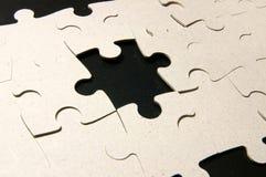 Verso des puzzles sur le noir Photo libre de droits