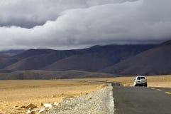 Verso il Tibet dal Nepal sopra la La di Lalung, 5100m Fotografia Stock Libera da Diritti
