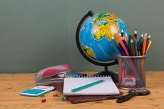 Versorgungen für Schule Stockfotos