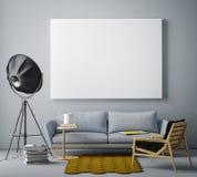 Verspotten Sie herauf leeres Plakat auf der Wand des Wohnzimmers, stockfotografie