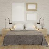 Verspotten Sie herauf Plakatrahmen an der weißen Backsteinmauer des Schlafzimmers Stockbild