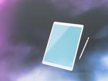 Verspotten Sie oben von einem Tabletten-PC und über dunklen Hintergrund mit Griffel schwimmen Stockfotografie