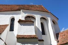 Verstärkte mittelalterliche Kirche im Dorf Viscri, Siebenbürgen Stockbild
