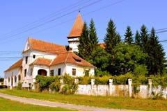 Verstärkte mittelalterliche sächsische evangelische Kirche im Dorf Somartin, Martinsberg, Märtelsberg, Siebenbürgen, Rumänien Stockfoto
