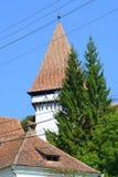 Verstärkte mittelalterliche sächsische evangelische Kirche im Dorf Somartin, Martinsberg, Märtelsberg, Siebenbürgen, Rumänien Stockfotos