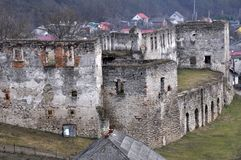Verstärkung, die Chortkiv-Schloss errichtet Lizenzfreies Stockbild