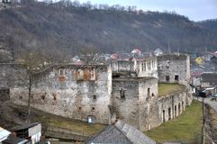 Verstärkung, die Chortkiv-Schloss errichtet Stockbild