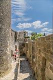 Verstärkung errichtet in der mittelalterlichen Festung von Carcassonne, Frankreich Stockfotografie