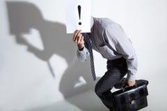 Versteckender Mann Lizenzfreie Stockbilder