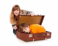 Versteckt in einem Koffer Stockfotos