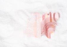 Versteckte Eurobanknote Lizenzfreie Stockfotografie