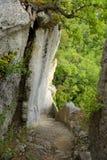 Versteckte Treppe von Fort de Buoux Lizenzfreies Stockbild