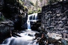 Versteckter Wasserfall Lizenzfreie Stockbilder
