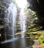 Versteckter Wasserfall Lizenzfreies Stockfoto