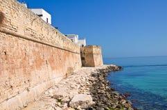 Versterkte muur. Monopoli. Puglia. Italië. royalty-vrije stock foto