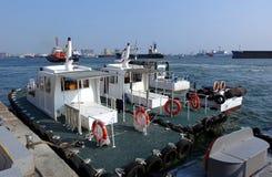 Versuchs-Boats an Kaohsiungs-Hafen lizenzfreie stockfotografie