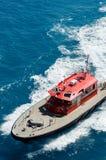 Versuchsboot weg vom Ufer von Bermuda Lizenzfreies Stockbild
