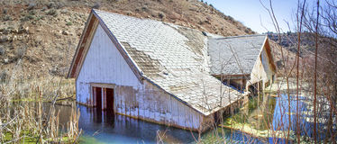 Versunkenes Haus-Panorama Stockfotografie