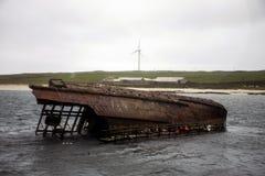 Versunkenes rostiges Schiffswrack 2 Orkney-Insel Schottland-scapa Bucht Stockbilder