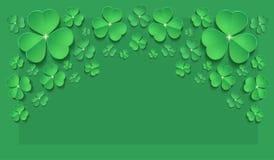 Vert de carte de voeux de printemps d'oxalide petite oseille du jour de St Patrick horizontal photographie stock