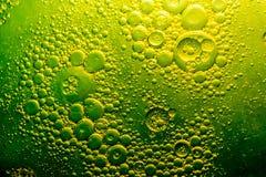 Vert de pétrole et d'eau Images libres de droits