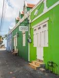 Vert - vues du Curaçao de secteur de Petermaai image stock