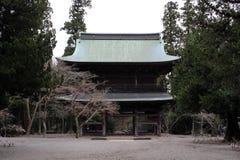 Vertaling: ` Engakuji Zen tempel ` Één van Vijf Groot Zen Temples Gozan, royalty-vrije stock afbeeldingen