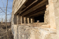 Verteidigungsbau des zweiten Weltkriegs auf der Bank von Dnepr-Fluss stockfotos