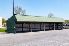 Vertente com erros do estacionamento de Amish imagens de stock