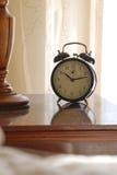 Verticaal alarm door bed stock foto