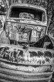 Verticaal Beeld van Autokerkhofvrachtwagen Royalty-vrije Stock Foto's