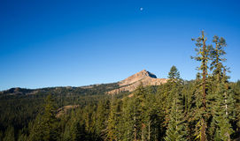 Vertical Composition Moonrise Brokeoff Mountain Lassen National Royalty Free Stock Photos