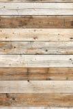 Vertical de madeira do fundo da parede velha do celeiro imagem de stock