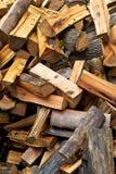 Vertical de madera del fuego Fotografía de archivo