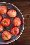 Vertical de meneo de la tina de Apple Imagen de archivo